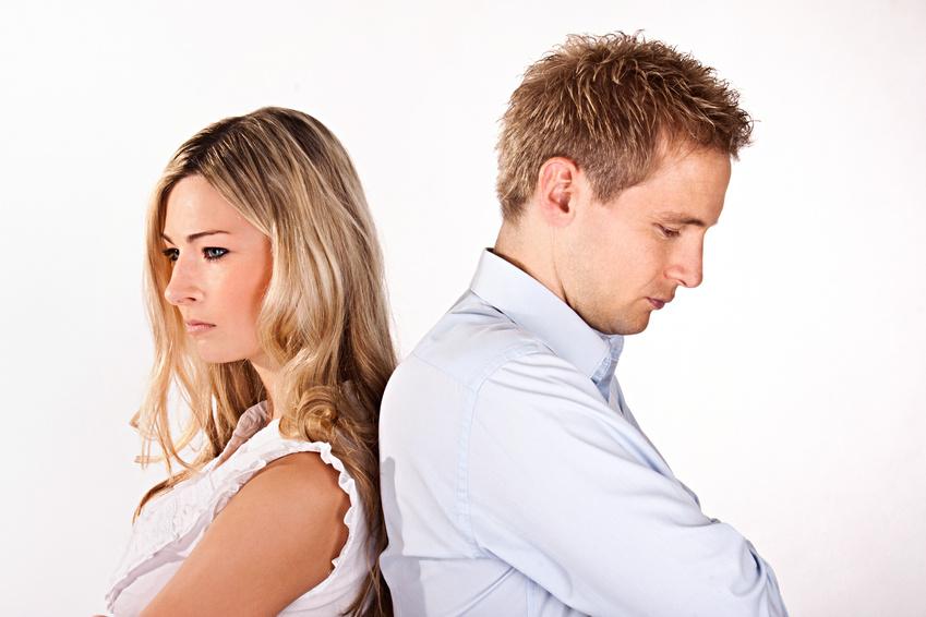 Стоит ли прекращать общение с друзьями ради мужа