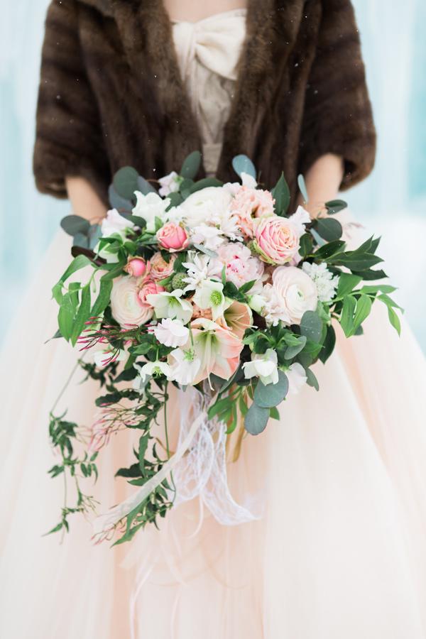 Букет невесты в зимнее время